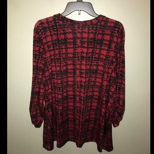 Avenue Tops - Red and black houndstooth blouse!